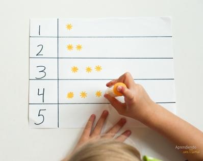 Weather theme Montessori activities for preescolares. Bilingual.